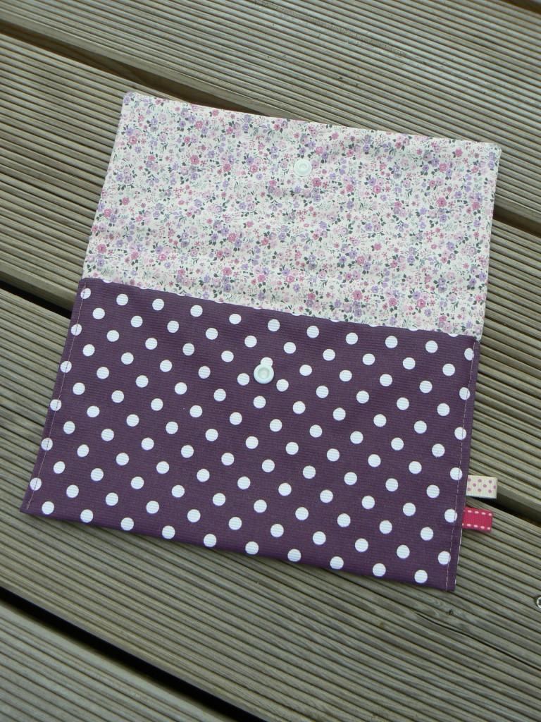 Pochette-étui-range-serviettes (2)