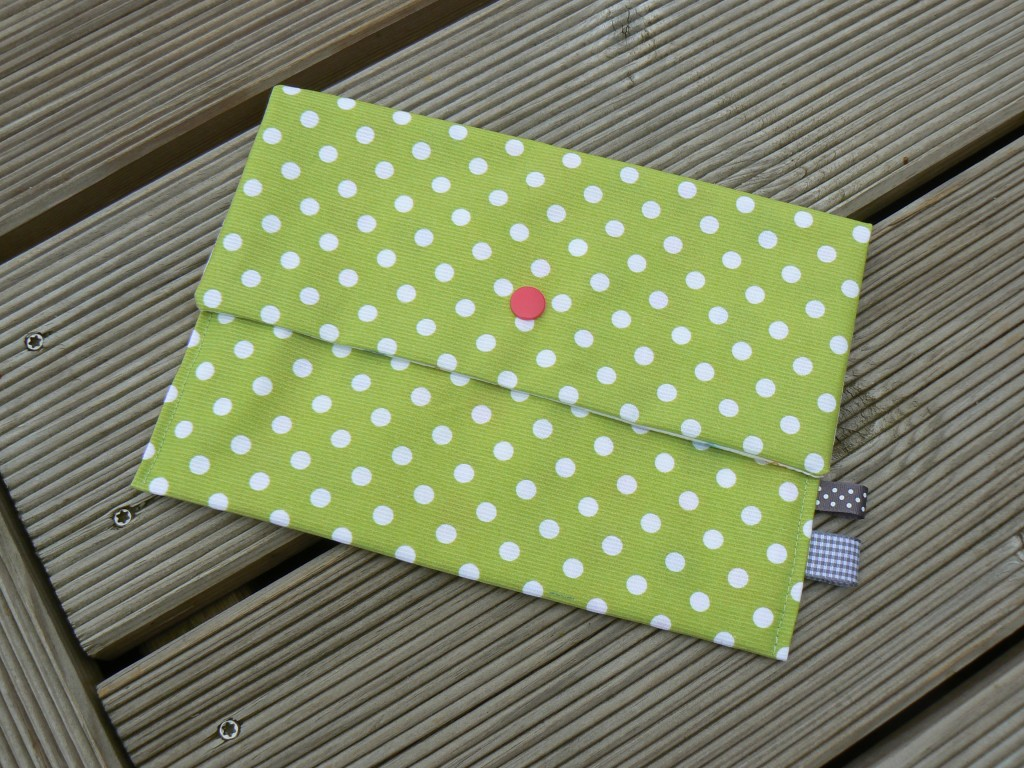 Pochette-étui-range-serviettes (7)